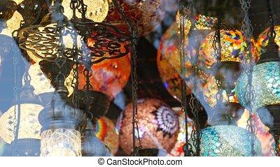 arabe, oriental, lights., oriental, métier, coloré, decor., beaucoup, retro, folklorique, marocain, islamique, coloré, style, magasin, multi, brillant, éclairé, authentique, lampes, lanterns., milieu, verre, mosaïque, glowing., turc