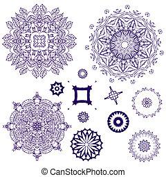 arabesque pattern lace napkins