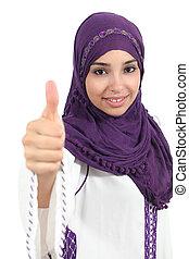 arabisch, frau, tragen, a, hijab, mit, daumen