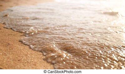 arany-, wahing, el, lábnyomok, homok, video, 4k, tenger,...