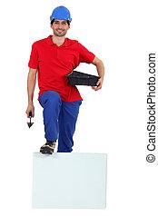 arbeider, met, een, plank, links, leeg, voor, jouw, boodschap