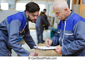 arbeit, blaues, kollege, älter, arbeiter, tragen
