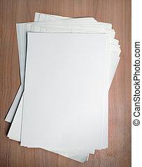 arbeit, papier, schablone, tisch, weißes, stapel