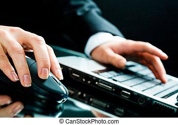arbeitende , mit, laptop