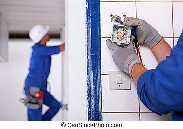 arbeiter, installieren, a, stecker