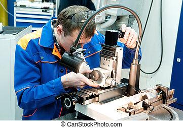 arbeiter, prüfung, werkzeug, mit, optisch, vorrichtung