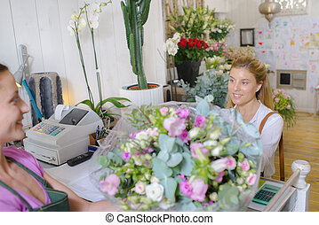 arbeiter, und, kunde, in, floristen, an, kasse