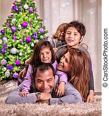 arbre, noël, famille, heureux