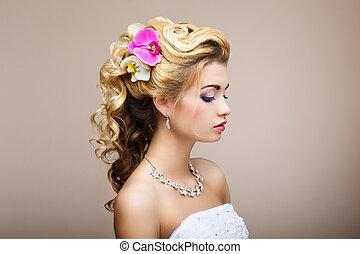 arcél, ékszerek, &, -, fiatal, harmony., pleasure., nyaklánc, fülbevaló, hölgy