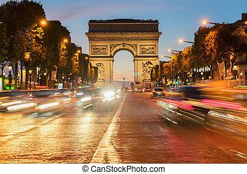 arc de triomphe, parigi, francia