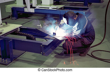 Arc-welding -3   - Arc-welding on the factory shop floor