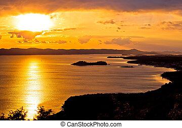 archipel, von, dalmatien, sonnenuntergang, ansicht