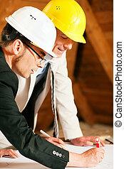 architecte, et, construction, ingénieur, discuter, plan