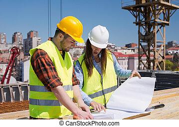 architecte, ouvrier construction, site