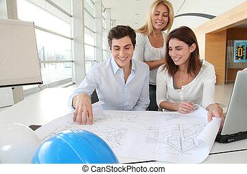 architectes, projet, construction, bureau fonctionnant