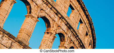 Architecture details of the Roman amphitheatre in Pula, ...