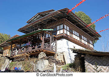 Architecture of Bhutan - A Bhutanese house in Chhume...