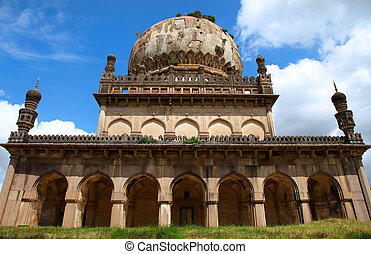 Architecture of Hyderabad tombs