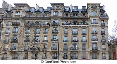 Architecture : typical Parisian building in corner of Reuilly Boulevard and Daumesnil Avenue. Panoramic assemblage.