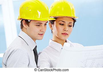 architekci, pracujący