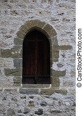 arco, ventana, en, viejo, pared de piedra, de, medieval, castillo