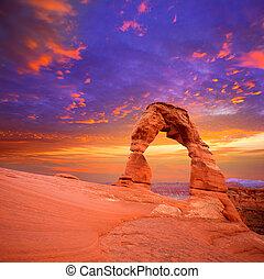 arcos parque nacional, arco delicado, em, utah, eua