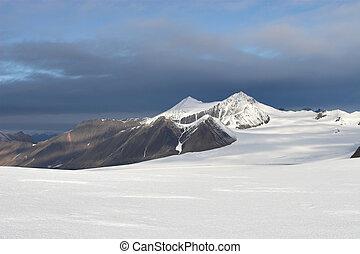 Arctic landscape - mountains