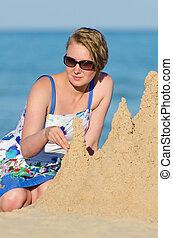 areia, mulher, praia., castelo