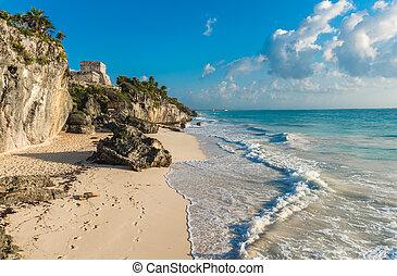 arena blanca, playa, y, ruinas, de, tulum, yuacatan, méxico
