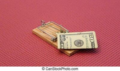 argent, souricière