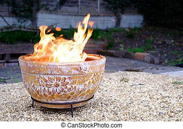 argile, dos, fosse, jardin, brûler