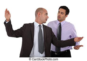 argumentar, homens negócios