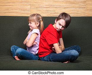 argumentar, irmãs, costas