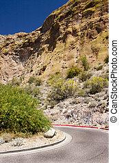 arizona, por, desierto, camino
