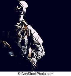armée, contrat, élevé, garde forestier, noir, portrait
