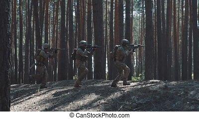 armée, enfumé, attaque, nous, courant, forêt, soldats