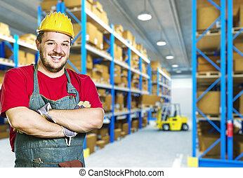 armazém, sorrindo, trabalhador