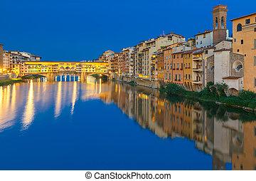 arno, y, ponte vecchio, por la noche, florencia, italia