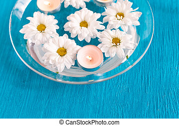 Aroma Bowl with floating candles and flowers.