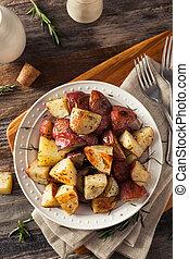 aromate, rôti, fait maison, pommes terre rouges