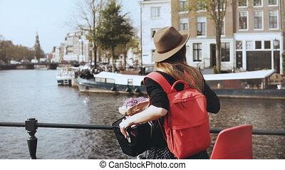 around., cute, adquire, desligado, pitoresco, blogger, bicicleta, jovem, bicicleta, olha, estilo vida, menina, flores, bridge., 4k