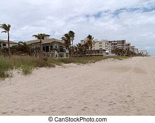around Fort Lauderdale - coastal scenery around Fort...