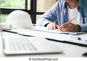 arquitecto, o, ingeniero, trabajando, en, oficina