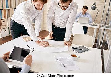 arquitectos, en el trabajo