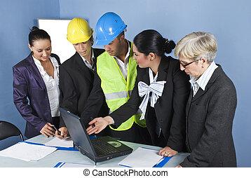 arquitetos, equipe, em, escritório, tendo, um, reunião