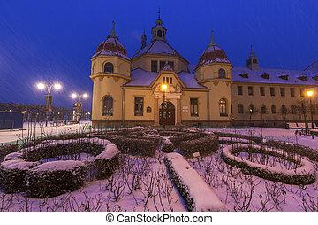 arquitetura velha, de, sopot, à noite