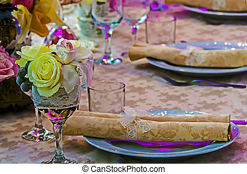 Arrangement for the wedding dinner party-14