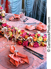 Arrangement for the wedding dinner party