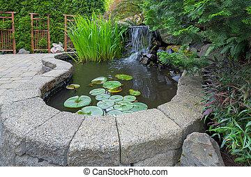 arrière-cour, chute eau, jardin, étang