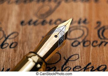 arrière-plan doré, stylo fontaine, texte, encre